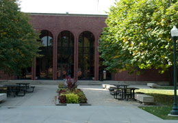 Cowles Library logo
