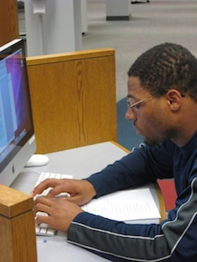 Student Using the Computer Lab